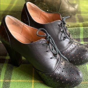 Miz Mooz shoes size 8